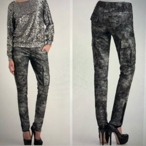 Alice + Olivia Skinny Grey Marbled Cargo Pants